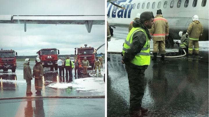 Пассажиры загоревшегося в Рощино самолета улетели на другом судне