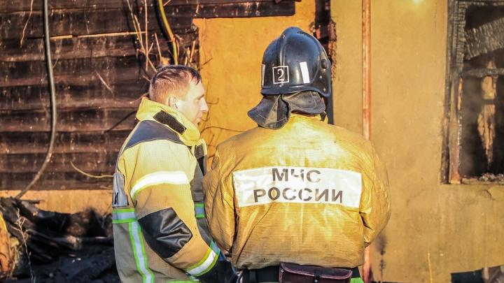 Огненные машины: за сутки на Дону сгорели два автомобиля