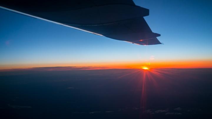 Рейс в Питер задержали на 5 часов из-за проблем с двигателем у самолета