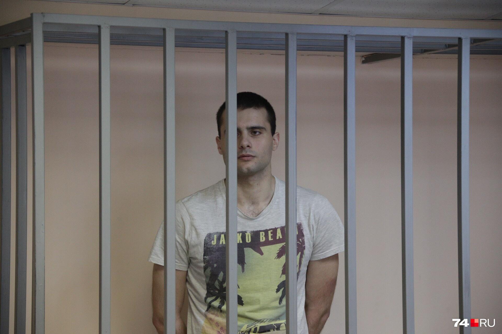В суде Коновалов возражал словам родных Ольги, что он не давал ей свободы