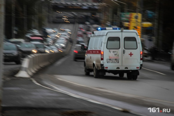 Пострадавшую отвезли на скорой в больницу