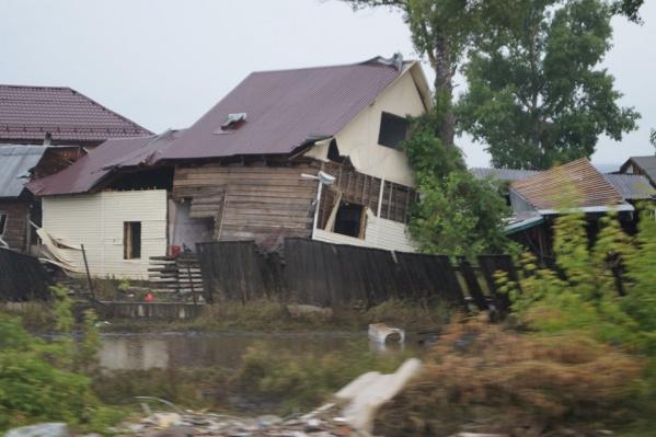 Жуткие последствия наводнения в Тулуне