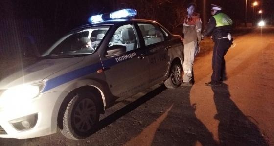 Как в боевике: журналист E1.RU всю ночь «крутил» пьяных водителей с экипажем ГИБДД