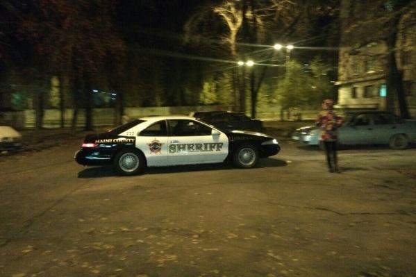 Владелец машины украсил кузов надписью «Miami County» и «Sheriff»