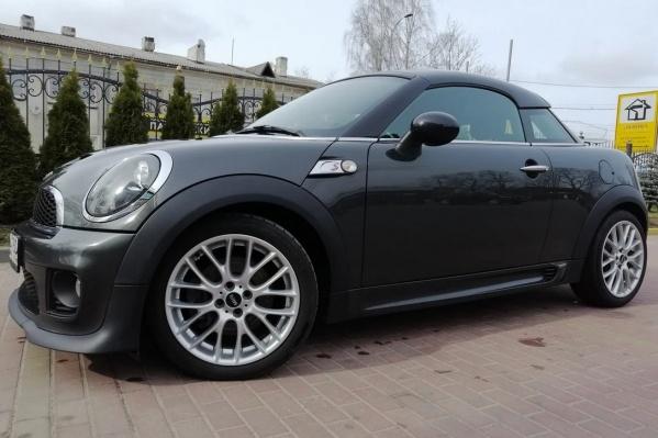 За 1 миллион рублей из новых машин сегодня купишь разве что унылый «бюджетник», но вторичный рынок предлагает море вкуса и соблазнов
