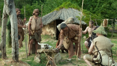 Неделя в «каменном веке»: группа ростовчан испытала на себе жизнь первобытных людей