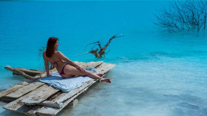 Отравленные Мальдивы: фоторепортаж с опасного озера неземного цвета за ТЭЦ-5