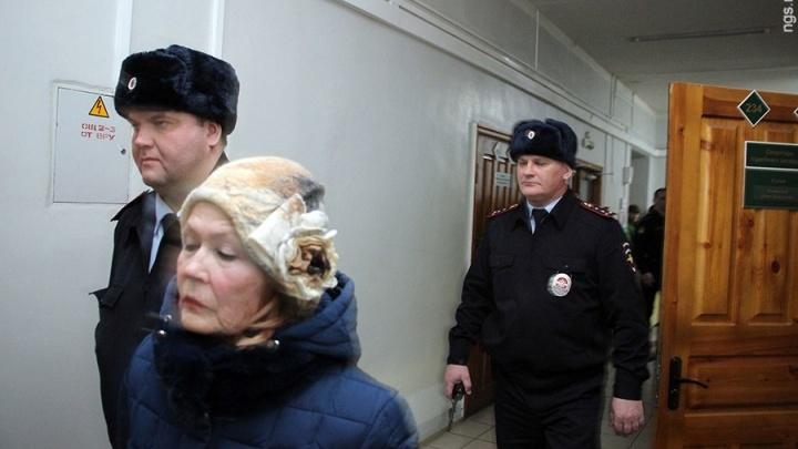 После смерти роженицы работнице омского роддома № 2 смягчили приговор