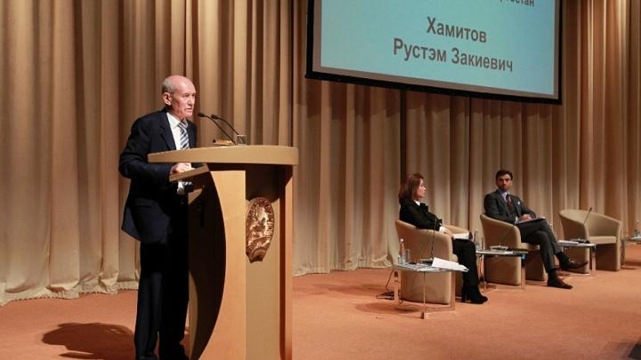 Глава Башкирии раскритиковал надзорные органы за вспышку ящура