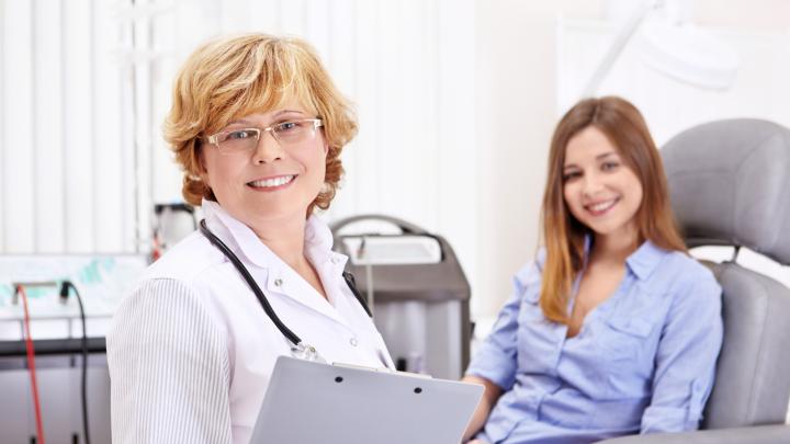 Каждый год свыше полумиллиона женщин слышат страшный диагноз: как защитить себя от онкозаболеваний