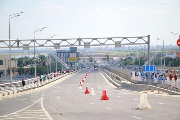 В день игры по Ворошиловскому мосту сможет ездить только аккредитованный транспорт
