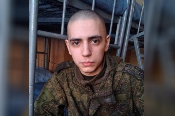 Артем Пахотин свел счеты с жизнью, когда служил в Елани