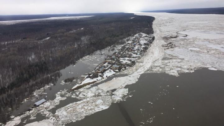 Село на севере края оказалось отрезанным из-за талой воды. 1,5 тысячи людей в зоне затопления