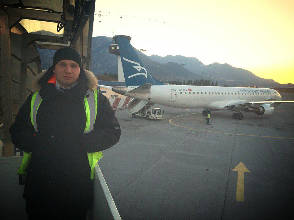 Дмитрий был старшим бортпроводником на этом рейсе