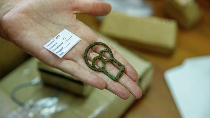Археологи нашли на севере края древние захоронения и вещи сибиряков V века до нашей эры