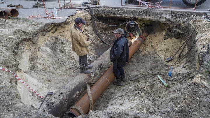 Отключено больше 170 домов: в Волгограде два района без тепла и горячей воды из-за масштабной аварии