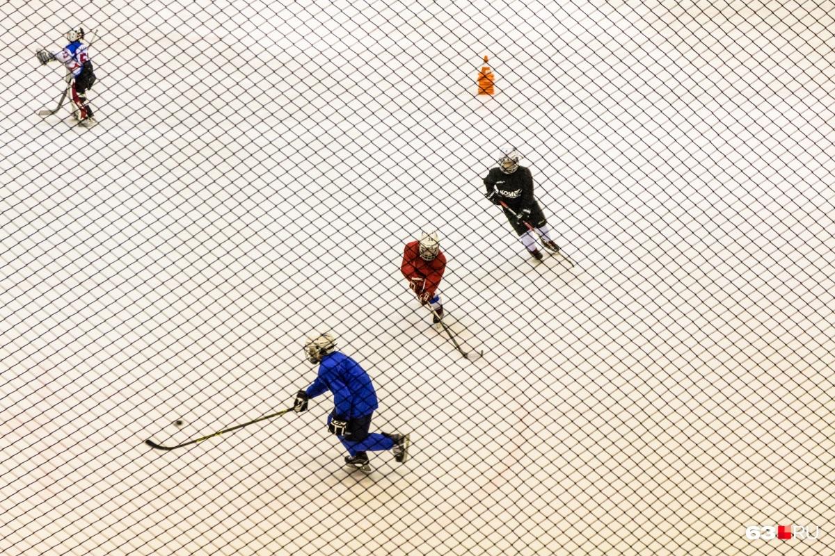 Тренеры без дипломов работали с юными хоккеистами