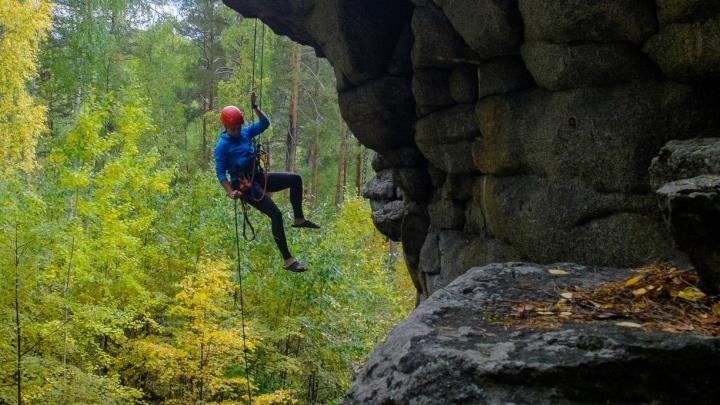 """Тренер екатеринбургских альпинистов, разбившихся в Башкирии: """"Они сорвались из-за ошибки девушки"""""""