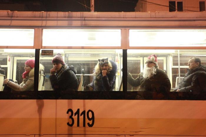 С конечных остановок последний транспорт поедет в 1:20