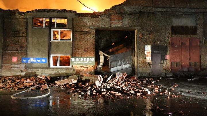 Что горело на улице Королёва: показываем в 10 фотографиях