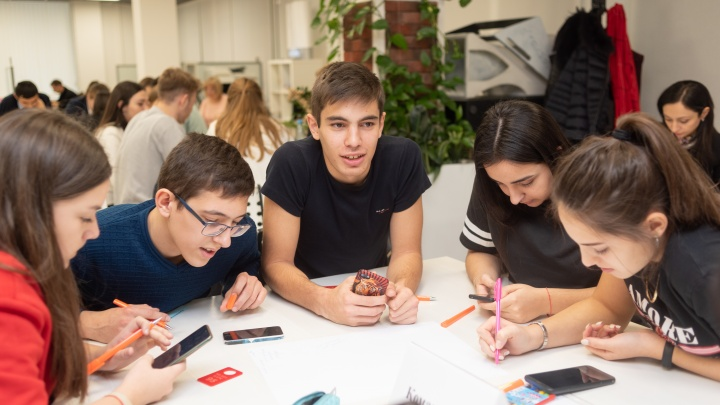 Сладкие сны о сырном рае: юные предприниматели Ростовской области презентовали свои идеи