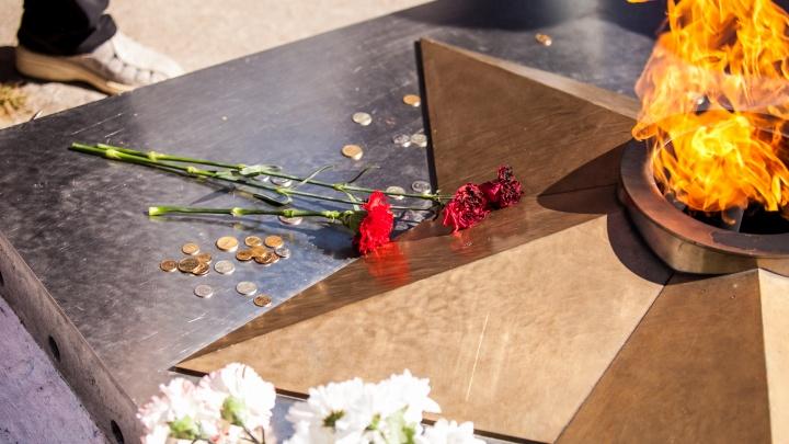 «Скульптор не успел»: появление в Архангельске памятника детям войны отложили до следующего лета