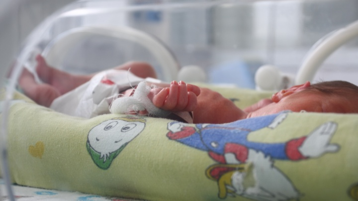 Двести сибирячек передумали делать аборт после разговора с врачом