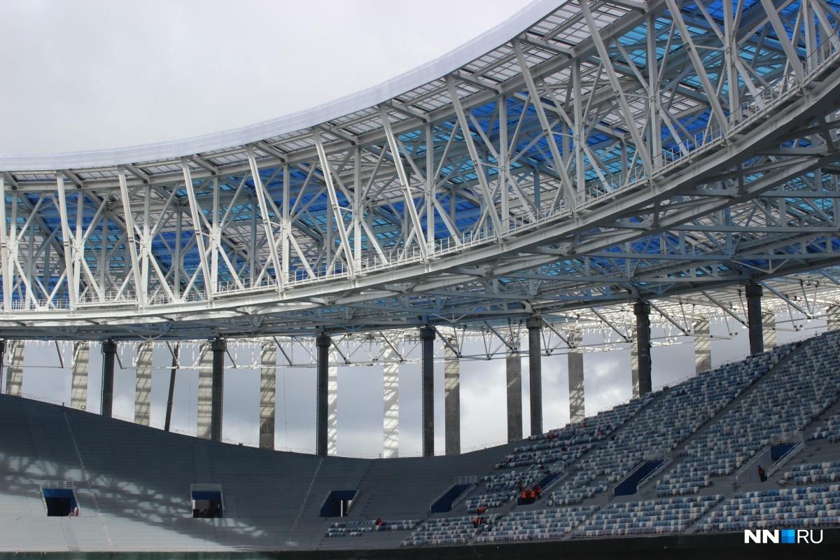 Уникальность стадиона в его крыше, говорят строители.