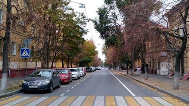 Бросили на полпути: дорожники «заморозили» новую велодорогу в центре Волгограда