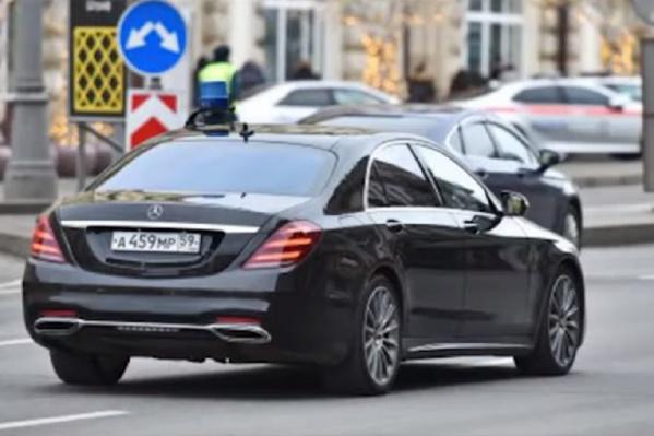 Активисты считают, что на этом автомобиле по Москве ездит сам Решетников