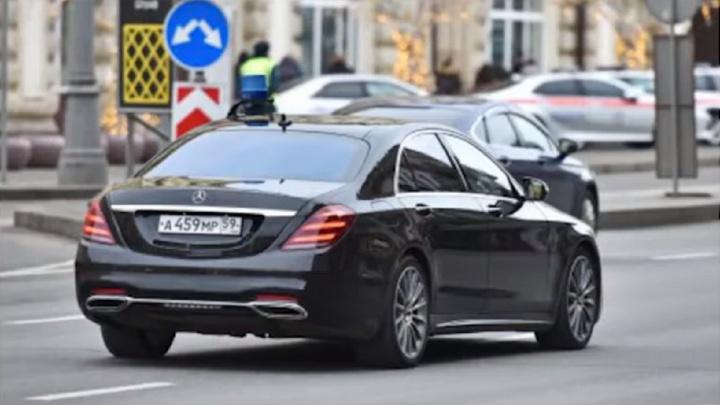 Штаб Навального: Merсedes представительства Пермского края в Москве девять раз за неделю нарушил ПДД