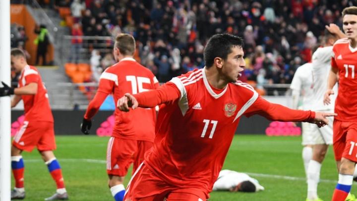 Сумели спастись: за минуту до конца Шапи сравнял счёт в матче с поляками