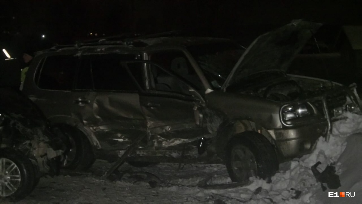 Водитель винит в аварии колею: на улице Чистой Renault вылетел на встречку и врезался вSuzuki