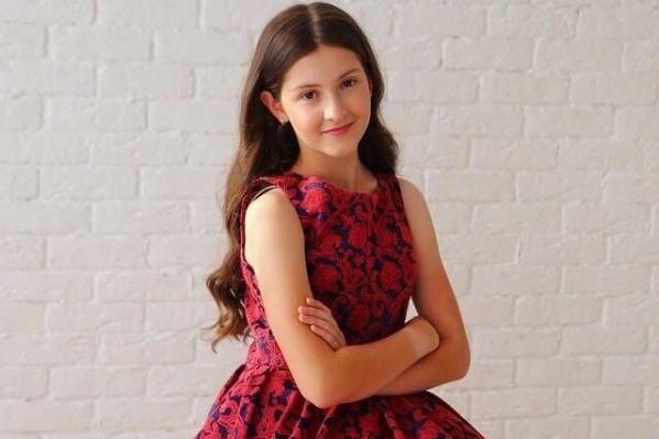Аня Глотова занимается пением с четырех лет. «Голос» для нее — не первый конкурс