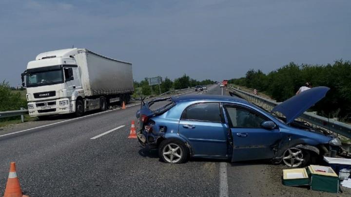 Сыграли Chevrolet в пинг-понг: ДТП с четырьмя машинами случилось в Волгоградской области