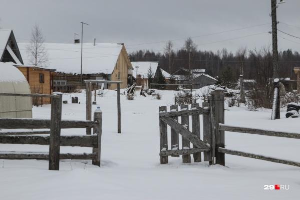 Сейчас деревня Орлово стала дачным посёлком, к которому нет нормального проезда