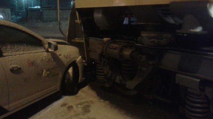 В Перми пассажирка такси пострадала в ДТП с тепловозом