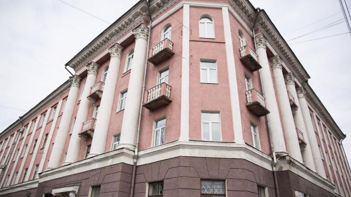 Аварийное здание бывшей детской больницы в Ярославле признали памятником