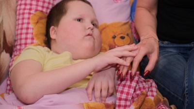«Он просит включить свет»: история 13-летнего пермяка, у которого после операции пропало зрение