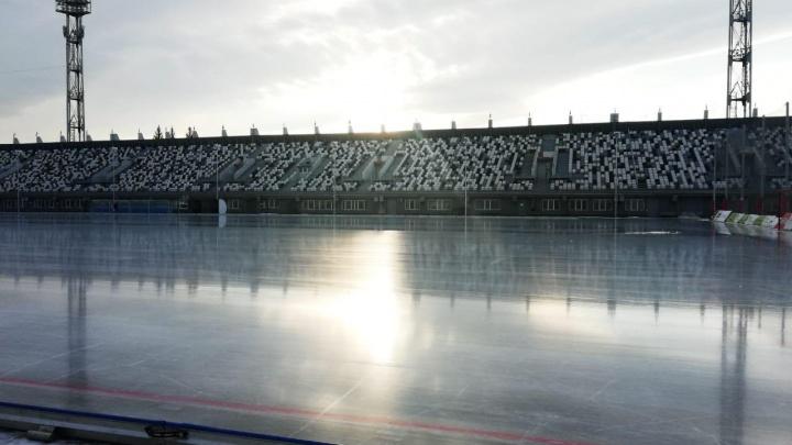 На «Локомотиве» открывают массовые катания на коньках. Сегодня можно не покупать билет