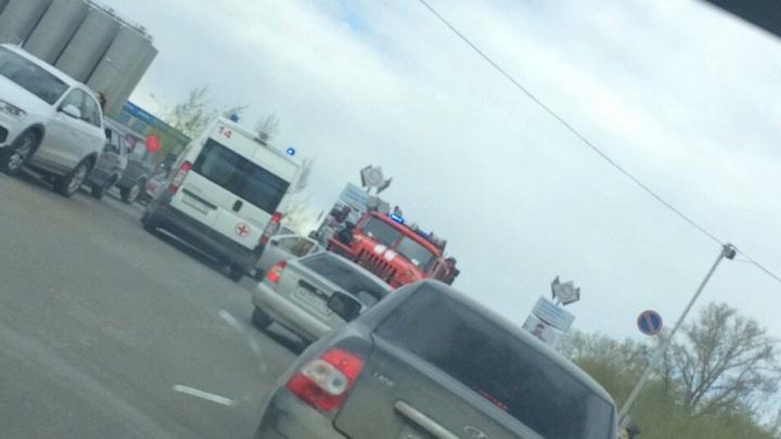 В Уфе посреди улицы загорелся автомобиль, водитель получил ожоги