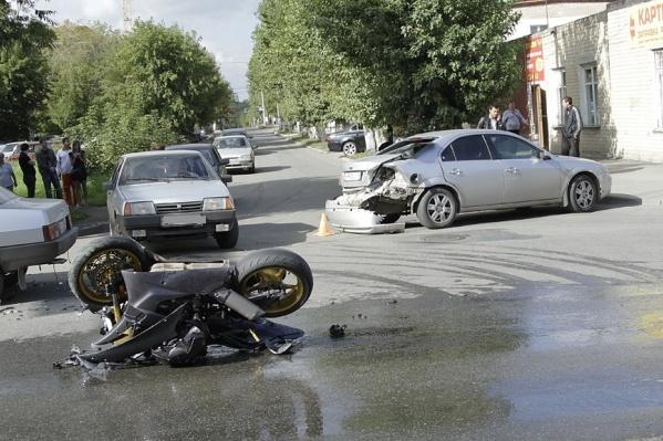 ДТП с мотоциклами почти всегда приводят к тяжёлым травмам для байкера