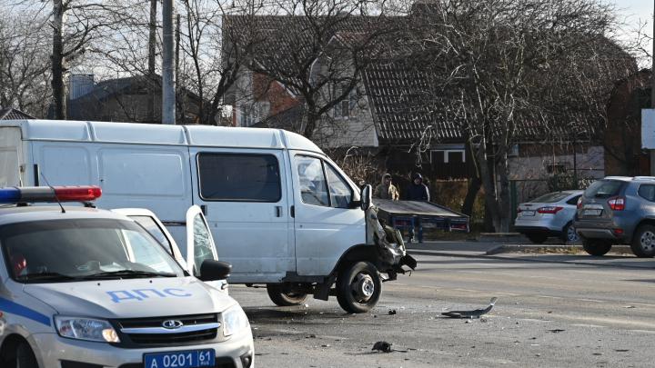 В Ростове «Газель» насмерть сбила женщину и ребенка