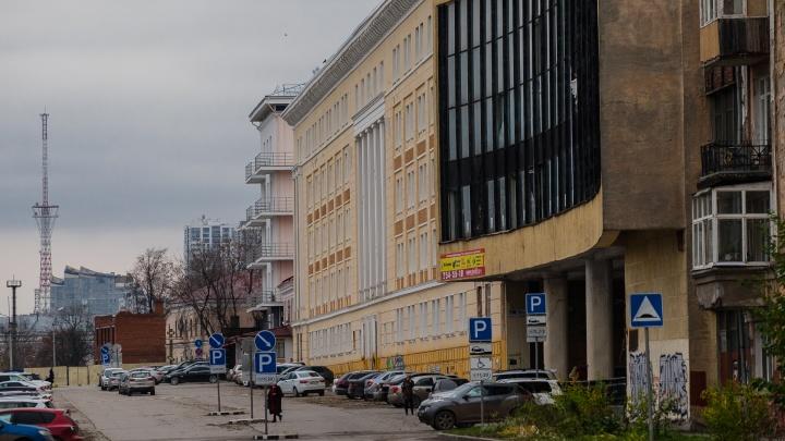 В здании бывшего ВКИУ в 2021 году откроют AZIMUT Hotels с ресторанами и фитнес-зоной
