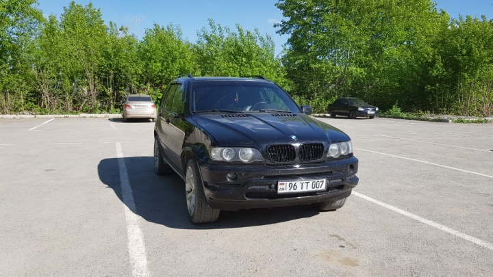 На Урале водитель BMW, сбивший 16-летнего подростка, сдался полиции