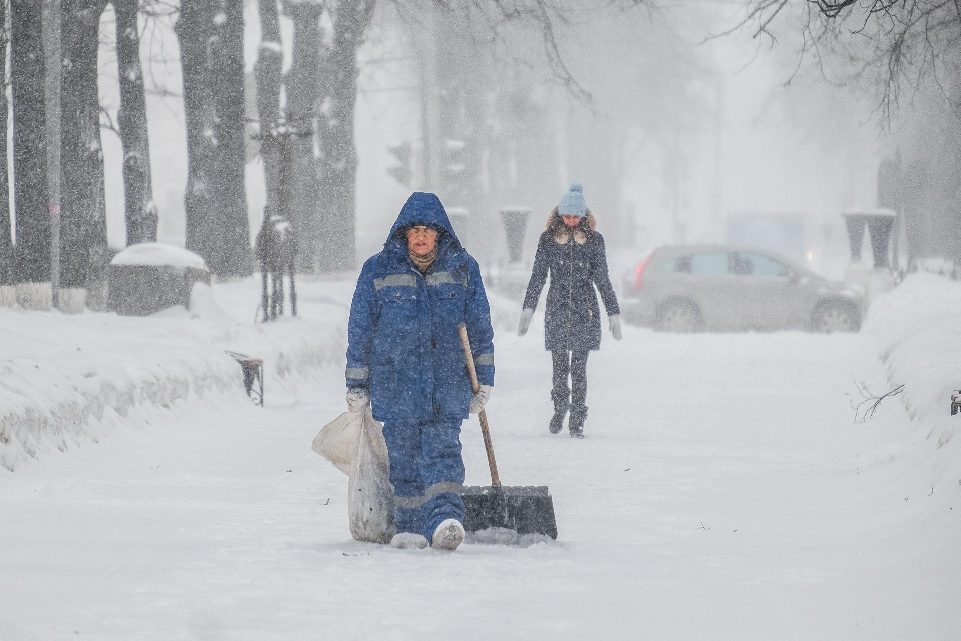 Даже в такие снегопады можно чувствовать себя счастливым и здоровым