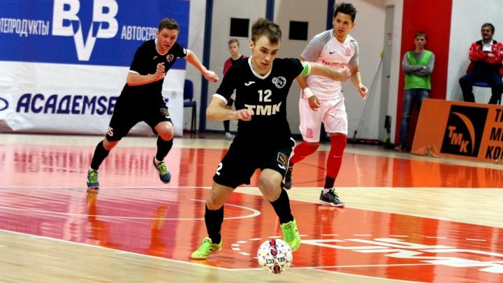 Матч упущенных возможностей: футболисты «Синары» проиграли новосибирскому клубу