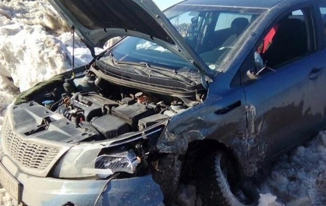 Серьезное ДТП под Уфой: столкнулись две иномарки