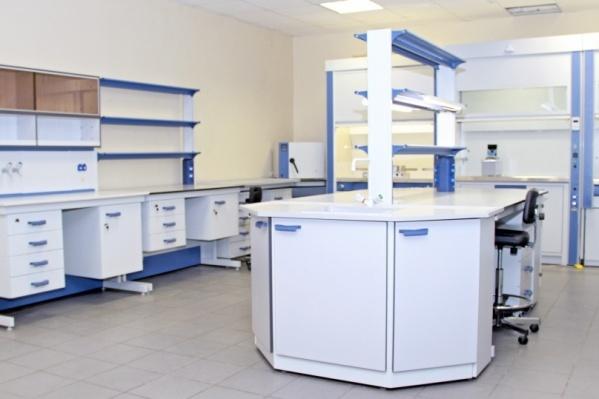 Устанавливать оборудование в новую лабораторию будут в сентябре