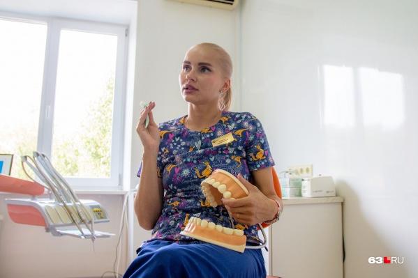 Полость рта можно содержать в порядке и с самой обычной щеткой — уверена Мария Василенко